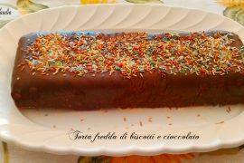 Torta fredda di biscotti e cioccolato