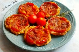 Mini tarte Tatin ai pomodorini