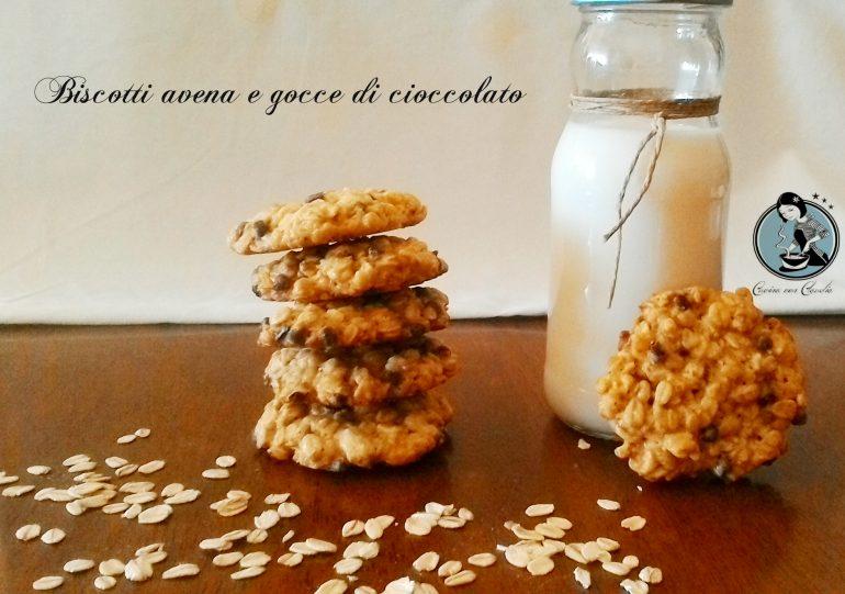 Biscotti avena e gocce di cioccolato