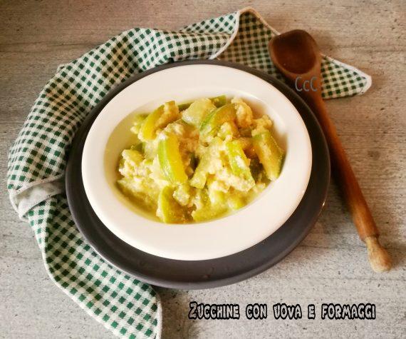 Zucchine con uova e formaggi