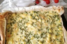 Sfoglia con patate piselli e uova